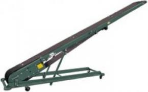 Portable Folding Cleated Conveyor